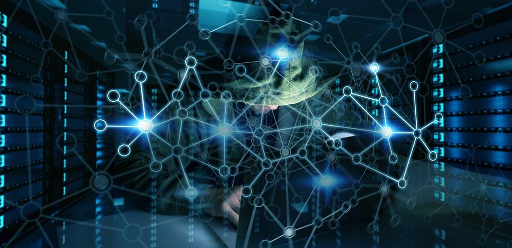 スパイウェアとは?その種類別の症状、感染経路や対策を解説