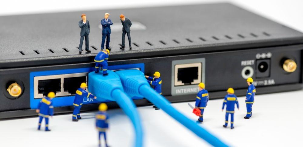 NTT法人向けルーターにサイバー攻撃の可能性、現在も調査中