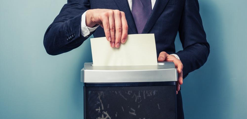 個人情報の廃棄・削除方法とは?注意点や委託時のポイントについて徹底解説