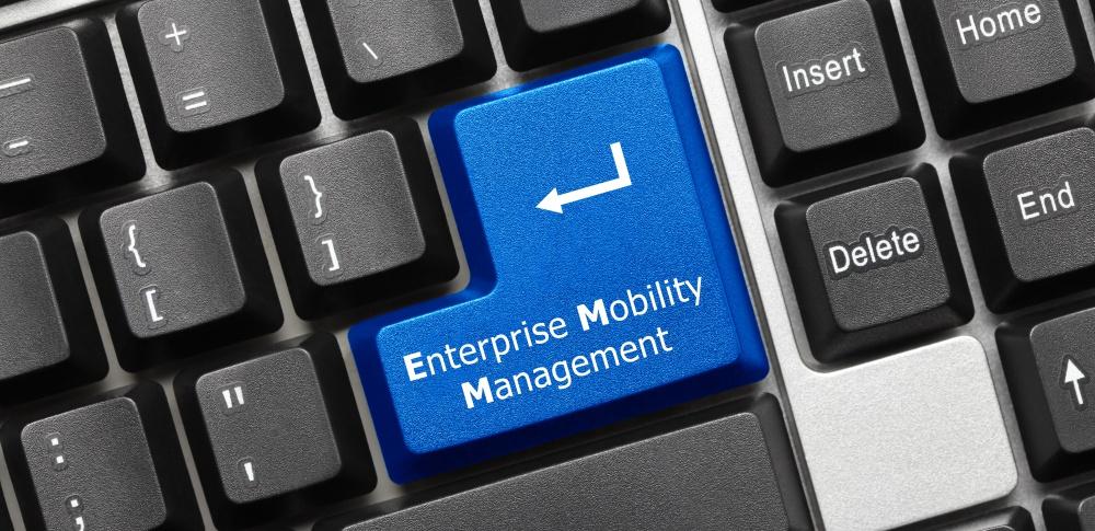 EMM(エンタープライズモビリティ管理)とは?仕組みやメリットデメリットについて徹底解説